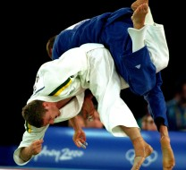 19 Sep 2000:  Daniel Kelly of Australia and Francesco Lepre of Italy in action during the Men's Judo held at the Sydney Exhibition Halls, Darling Harbour, during the Sydney 2000 Olympics, Sydney, Australia. Mandatory Credit: Jed Jacobsohn/ALLSPORT